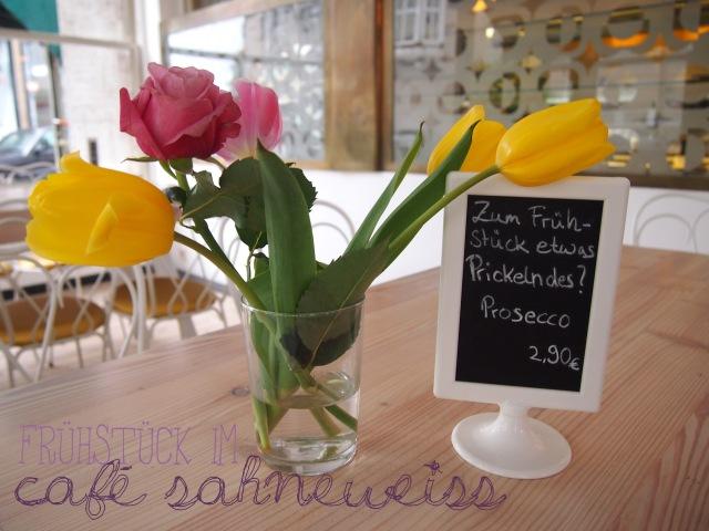 fruehstueck-cafe-sahneweiss
