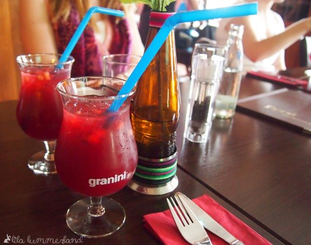 lila-limonade-mais-limette-rohrzucker-peru-deputamare