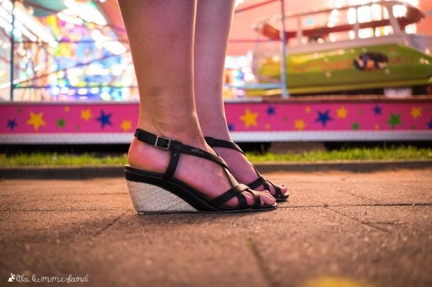 s-oliver-sandalen-schwarz-kork-keilabsatz
