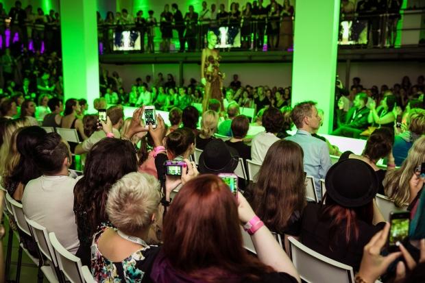 blogger fashion week opening show lavera