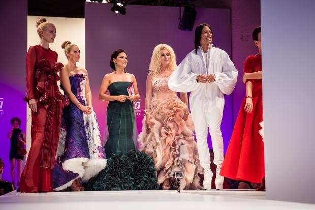 Die Opening-Show: Eco-Mode präsentiert von Prominenten. Fashion Week, Lavera Show Floor
