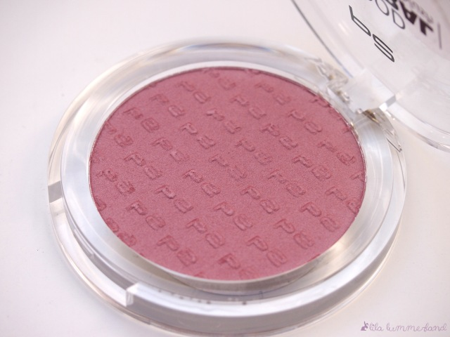 p2-feel-good-mineral-blush-020-sweet-rose-prägung