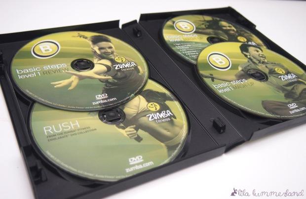 Drei DVDs und eine Musik-CD sind in der Box enthalten und im Ausbildungspreis inbegriffen.