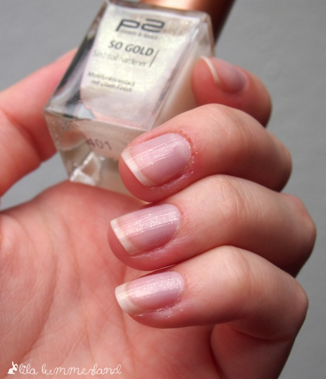 p2-so-gold-nail-hardener-5-in-1-nagelhaerter-tragebild-goldpartikel-glitzer