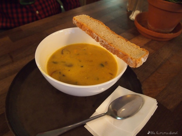 dehly&desander_broterei_brot_suppe_curry