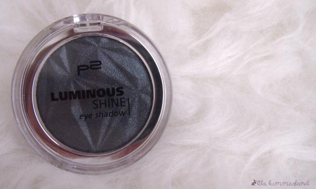 p2-luminous-shine-eye-shadow