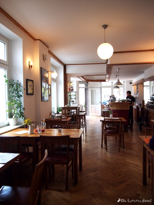 black-veg-bonn-interieur
