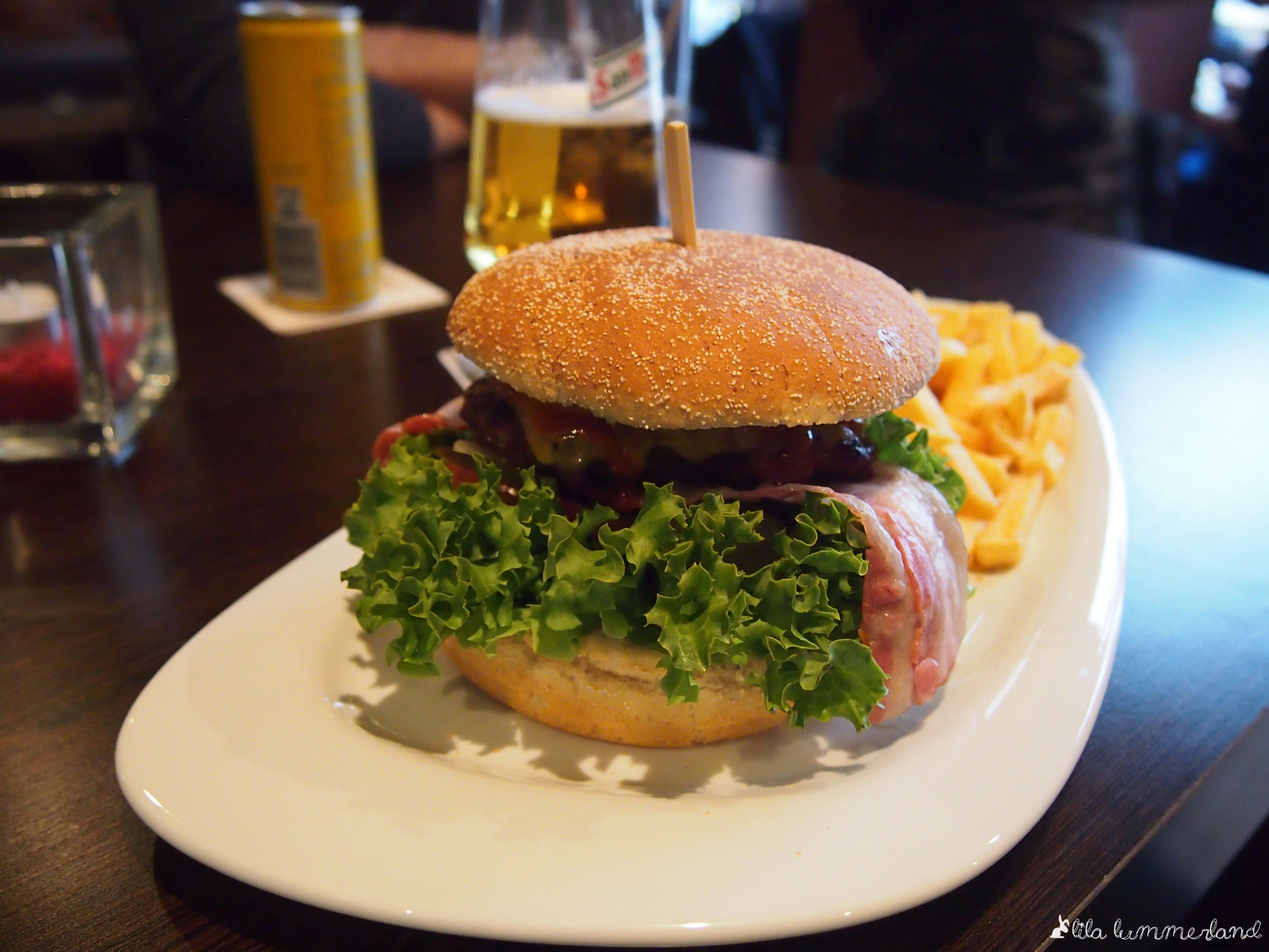 Dinner Dienstag: Burger essen bei Herrn Lehmann – Lila Lummerland