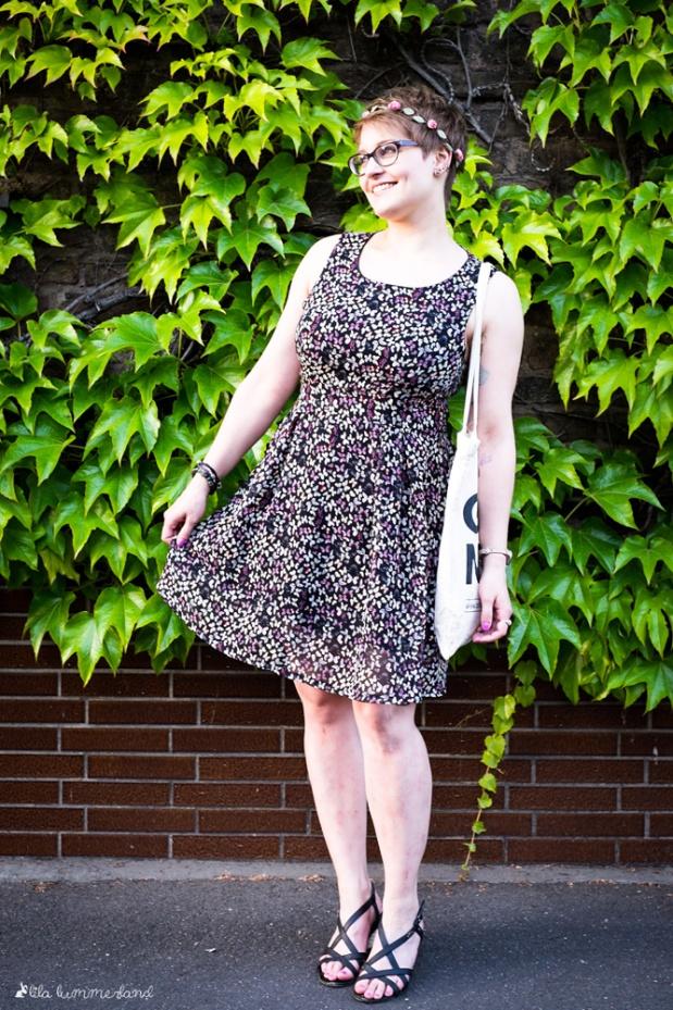 outfit-good-news_schmetterlingskleid