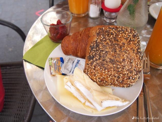 goldbraun-fruehstueck-kaese