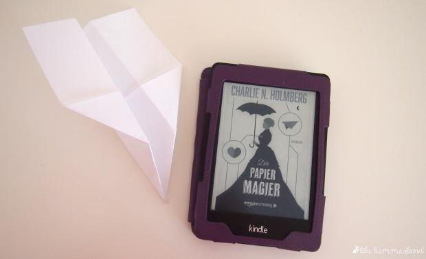 charlie-n-holmberg-der-papiermagier-rezension