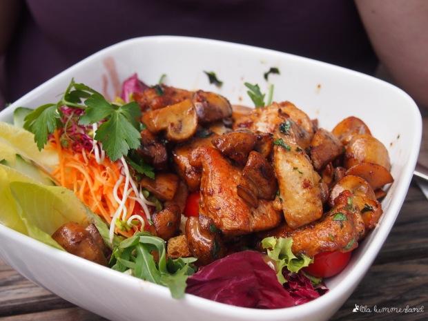 haus mueller koeln salat mit putenbrust und pilzen