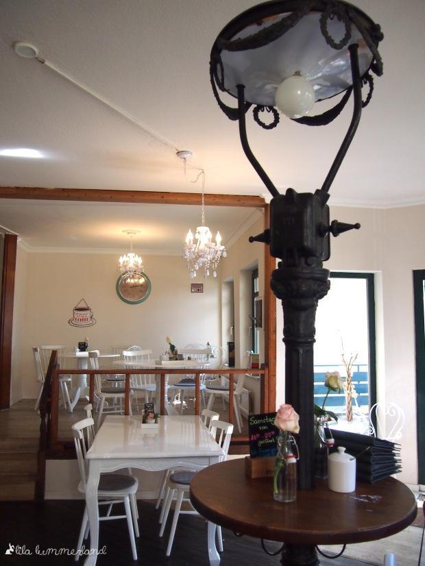 maes-cafe-bonn-einrichtung