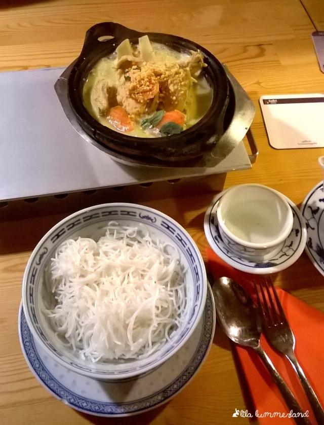 bonn-saigon-curry-chicken-reisnudeln