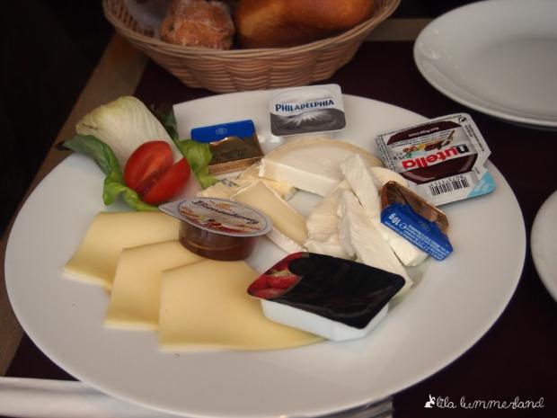 cafe-spitz-bonn-kaese-fruehstueck