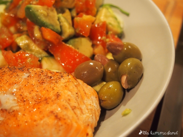oliven mit mandeln