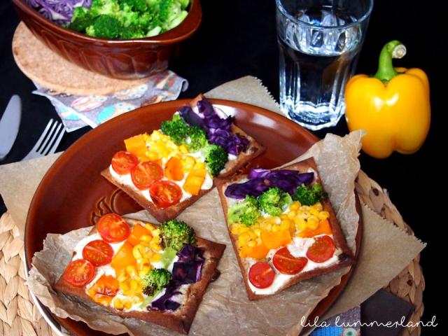 lizza-eat-the-rainbow-1