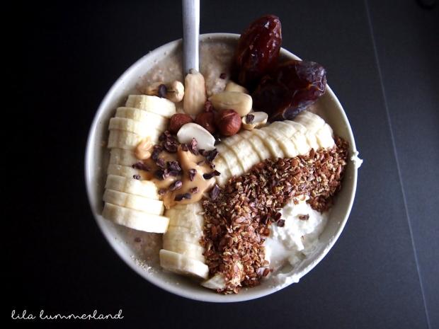 fruehstuecksinspo-fruehstuecksbrei-erdnuss-banane