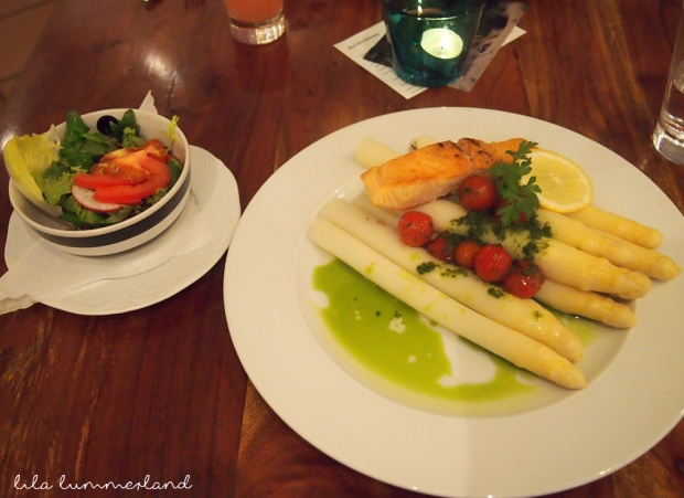 ab-nach-erdmanns-spargel-lachs-salat