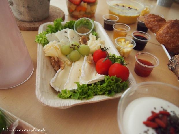 early taste düsseldorf frühstückslieferdienst käseplatte