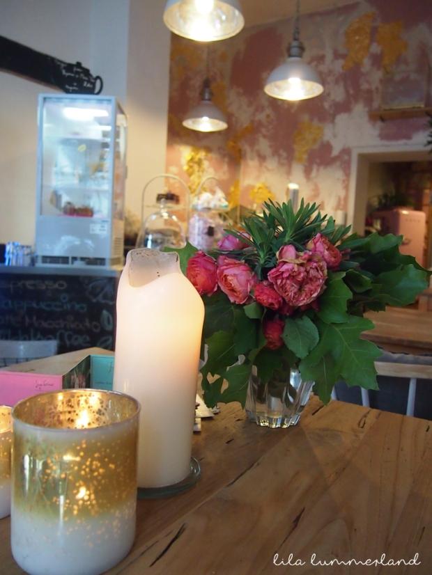 cafe-morgentau-bonn-blumenladen
