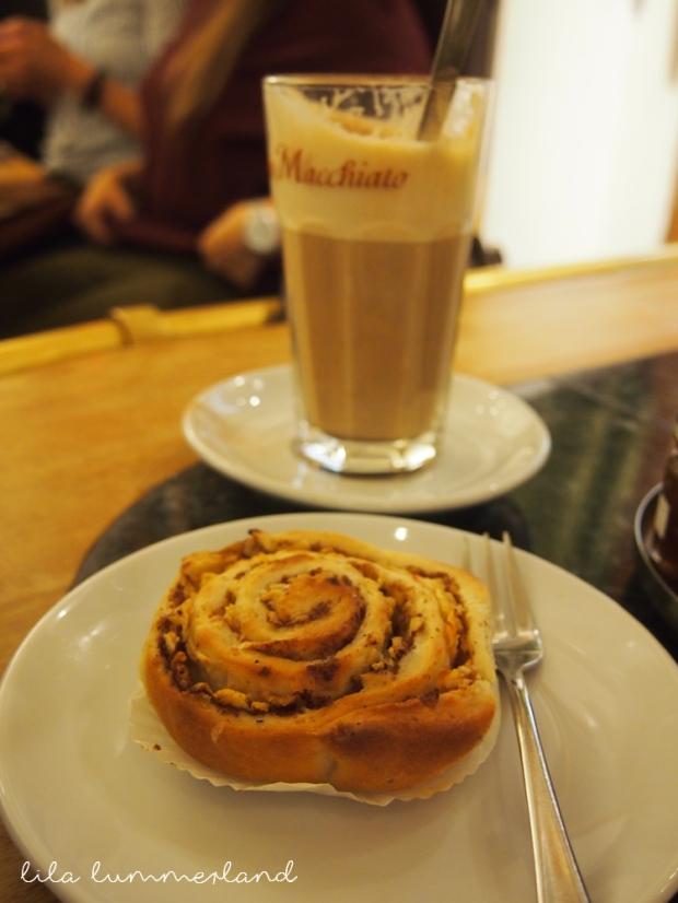 frau-holle-bonn-cafe-zimtschnecke
