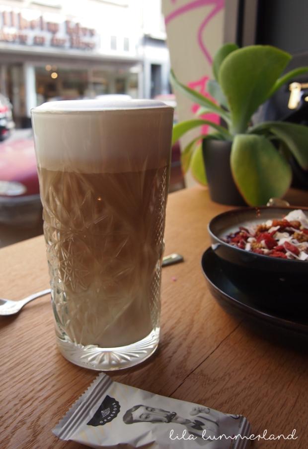 hector-&-tilda-duesseldorf-latte-macciato