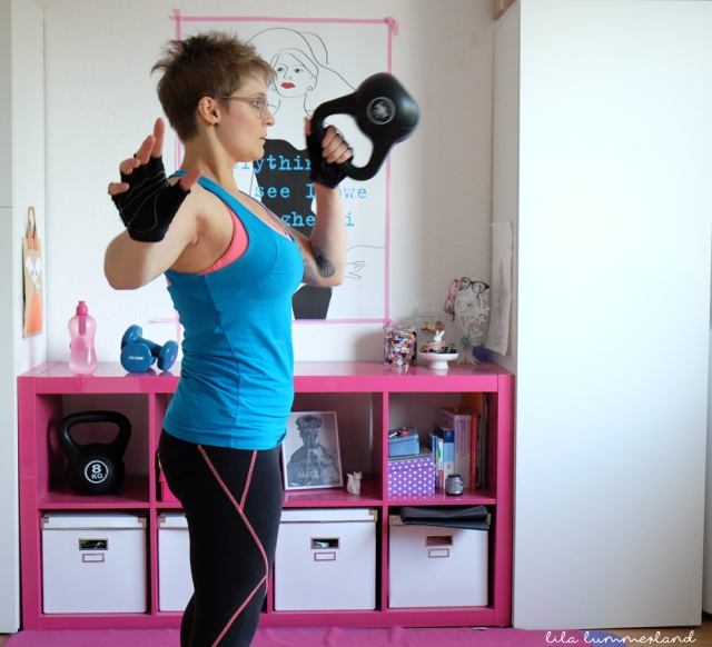 kettlebell-punch-swing
