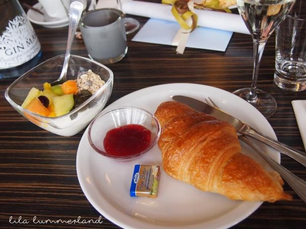 rosenmeer-brunch-croissant