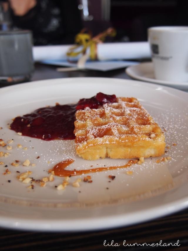 rosenmeer-brunch-waffeln